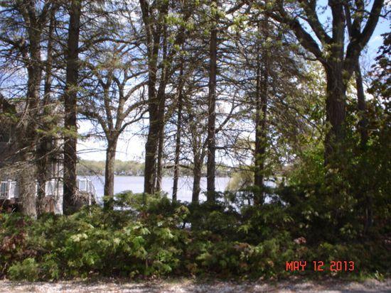 4417 W Lake Shore Dr, Wonder Lake, IL 60097