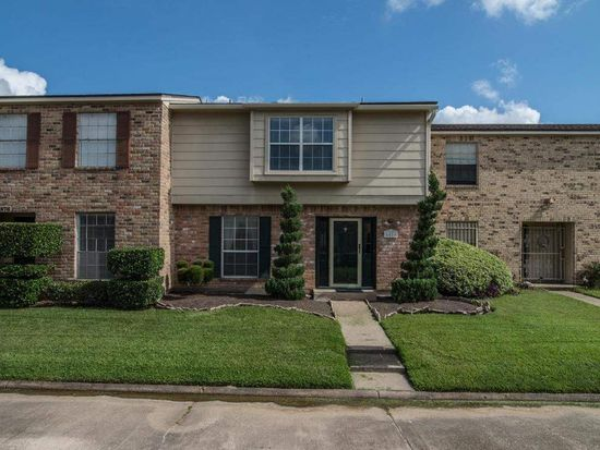 6874 Marshall Place Dr, Beaumont, TX 77706