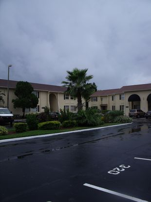 7639 Dolonita Dr, Tampa, FL 33615