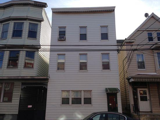 53 Lang St, Newark, NJ 07105