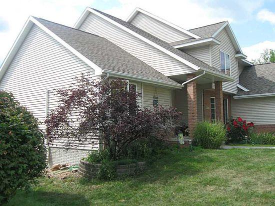 4117 Forest View Ct NE, Cedar Rapids, IA 52411