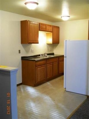 1657 S 17th St APT 102, Milwaukee, WI 53204
