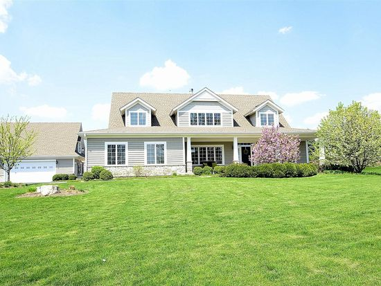 41W118 Brown Rd, St Charles, IL 60175