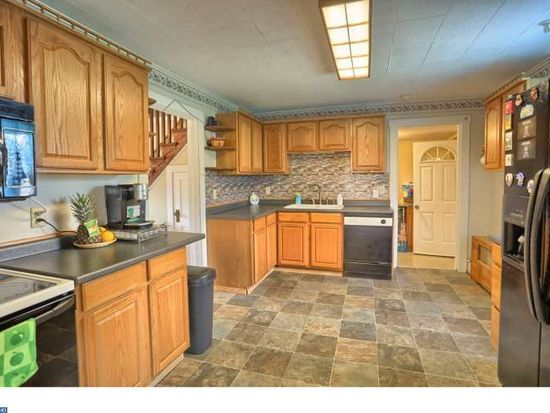 539 Moonhill Dr, Schuylkill Haven, PA 17972