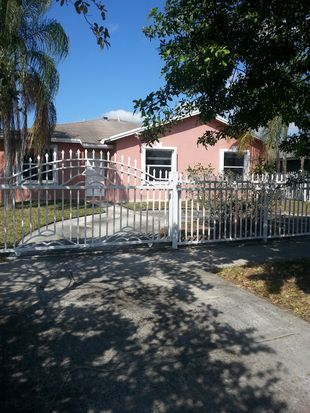 19240 NW 32nd Ave, Miami Gardens, FL 33056