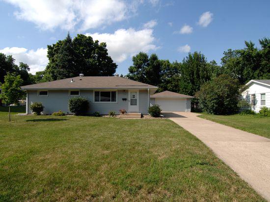 4716 W 111th St, Bloomington, MN 55437