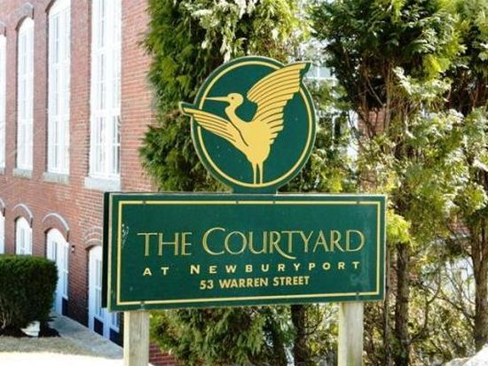 53 Warren St APT 104, Newburyport, MA 01950