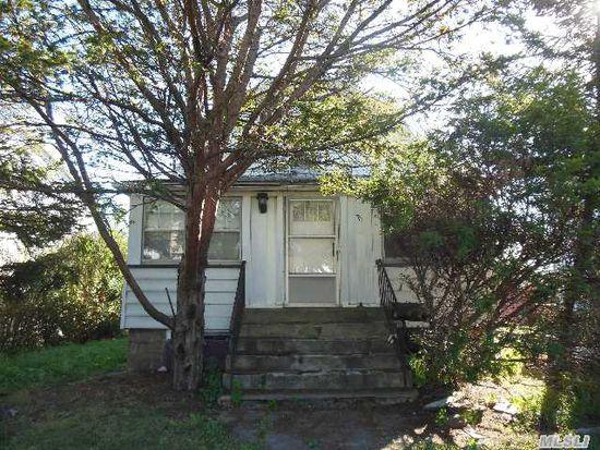 371 Guy Lombardo Ave, Freeport, NY 11520