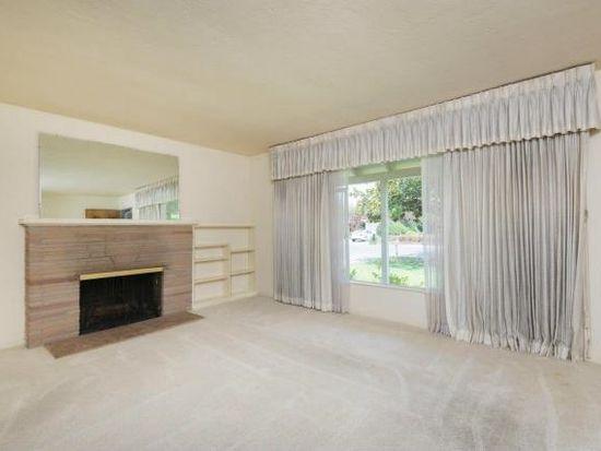 872 Clinton Rd, Los Altos, CA 94024