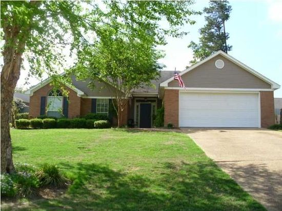1016 Cobblestone Pl, Brandon, MS 39042
