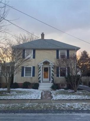 10 Clifton Ave, Beverly, MA 01915
