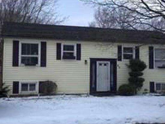 62 Hillcrest Dr, Lockport, NY 14094