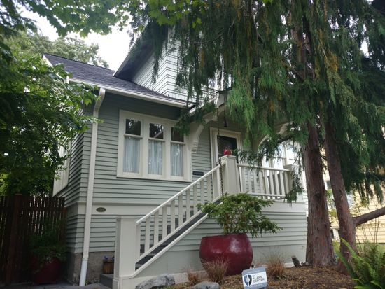 2244 NW 64th St, Seattle, WA 98107