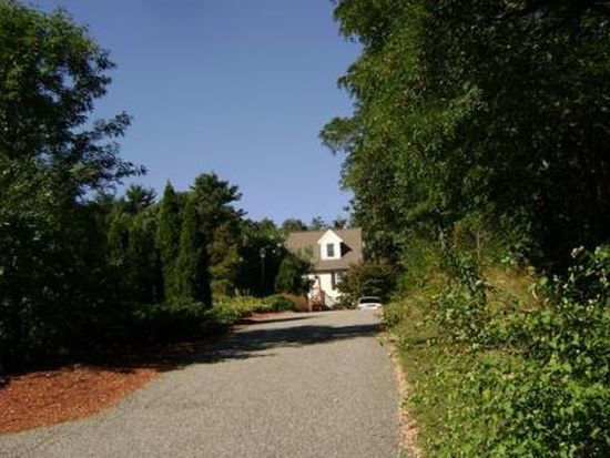 56 Forest Park Rd, Woburn, MA 01801