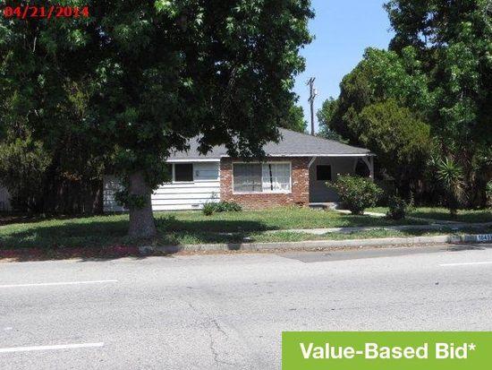 16459 Nordhoff St, North Hills, CA 91343