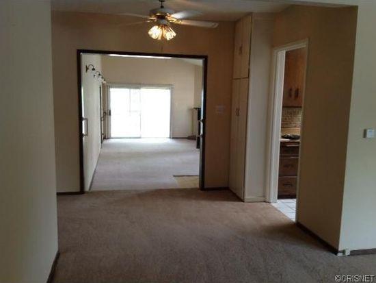 5910 Vesper Ave, Van Nuys, CA 91411