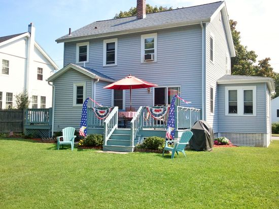 102 Sylvester Ave, Winchester, MA 01890