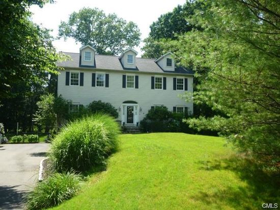 10 Rowayton Ct, Norwalk, CT 06853
