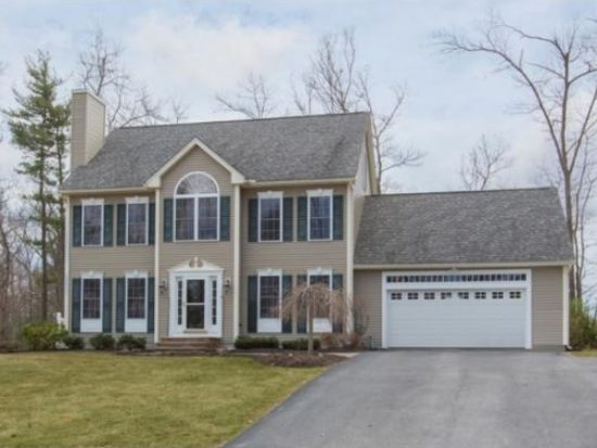 28 Squire Armour Rd, Windham, NH 03087