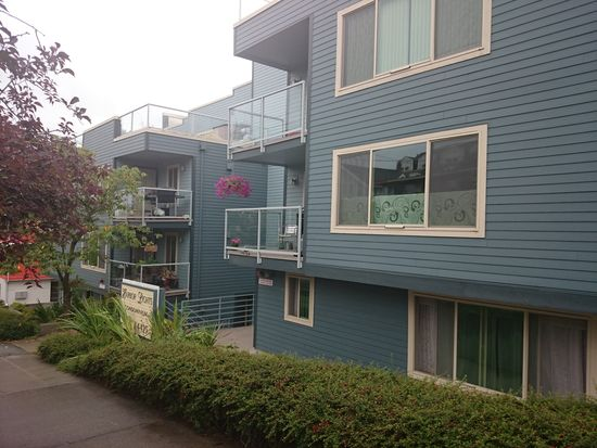 4421 Greenwood Ave N APT 202, Seattle, WA 98103