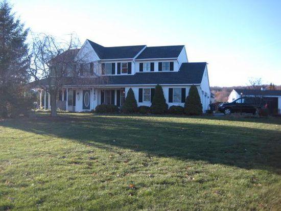5753 Glen Oaks Dr, Narvon, PA 17555
