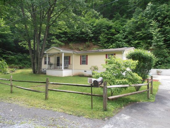 2423 Grassy Branch Rd, Bluefield, WV 24701