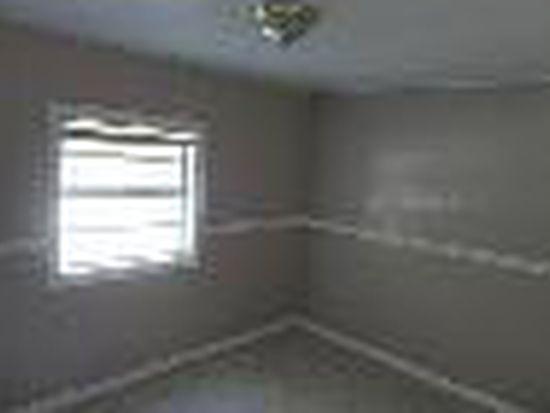 1202 E Annie St, Tampa, FL 33612
