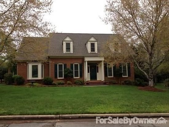 9 Hidden Oak Ter, Simpsonville, SC 29681