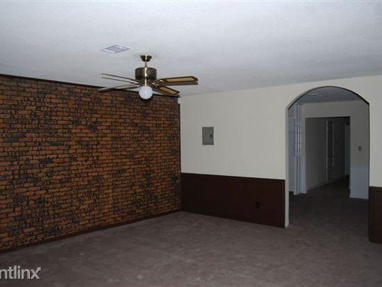 12115 Edington Pl, Gulfport, MS 39503