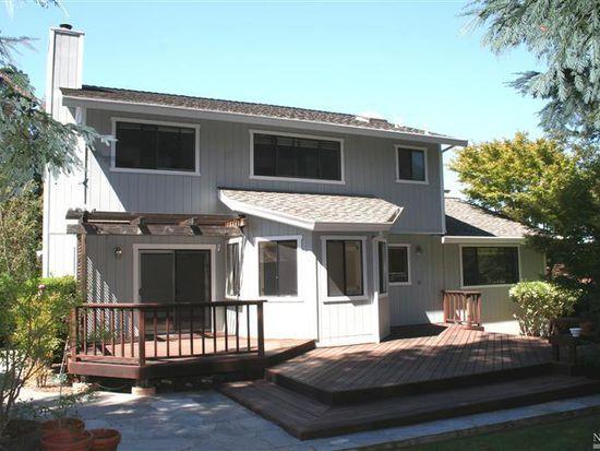 1104 E Sunnyslope Rd, Petaluma, CA 94952