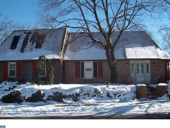 50 E 3rd St, Red Hill, PA 18076