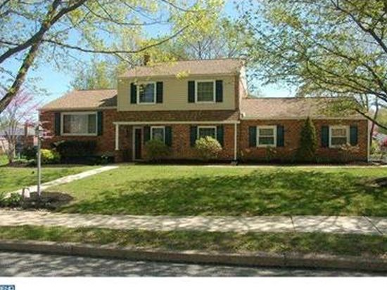 696 Springdell Rd, King Of Prussia, PA 19406