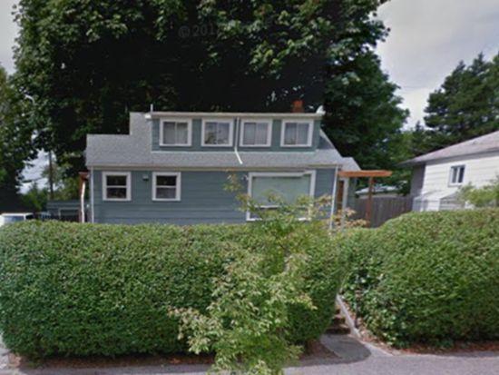 9043 32nd Ave SW, Seattle, WA 98126