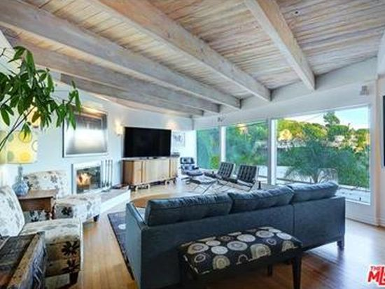 8617 Franklin Ave, Los Angeles, CA 90069