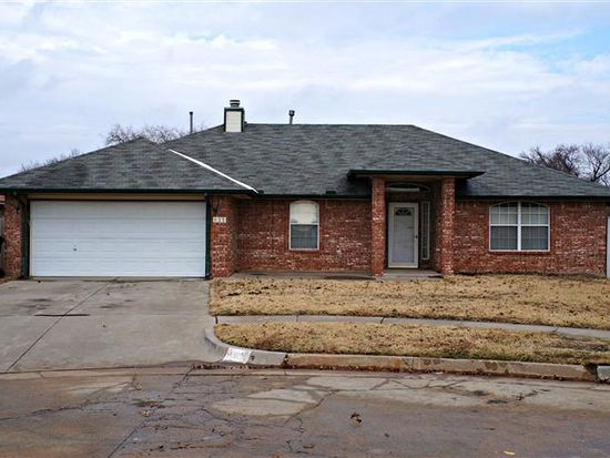 832 Old Mill Rd, Moore, OK 73160