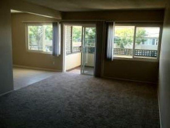 2913 Worden St, San Diego, CA 92110