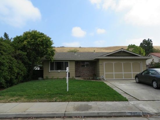 3850 Edenwood Dr, San Jose, CA 95121