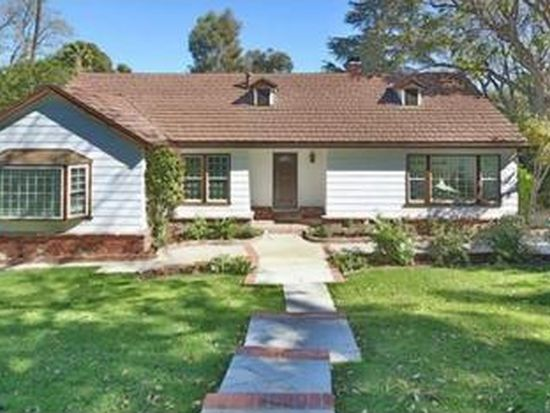 6046 Penfield Ave, Woodland Hills, CA 91367