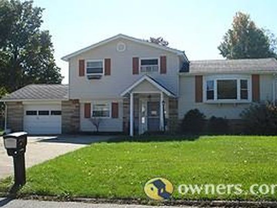 18 Maple Ave, Shelby, OH 44875