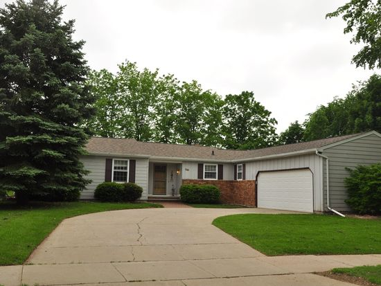 139 W Morningside Dr, Kaukauna, WI 54130