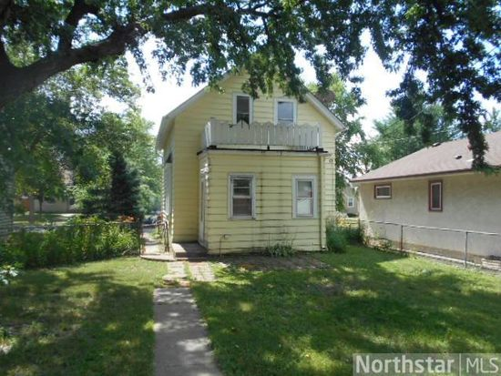 857 Hawthorne Ave E, Saint Paul, MN 55106