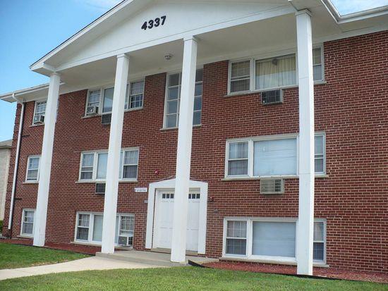 4337 Prescott Ave APT 4A, Lyons, IL 60534
