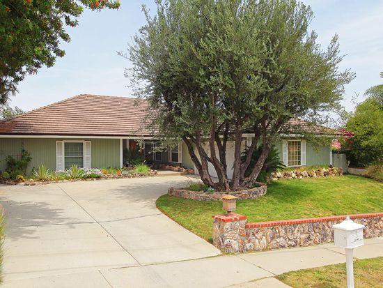 22475 Paul Revere Dr, Woodland Hills, CA 91302