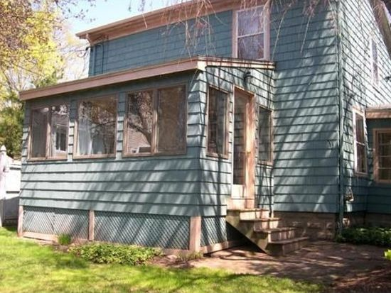12 Cottage Ln, Beverly, MA 01915
