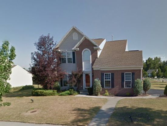 36 Huntingwood Dr, East Amherst, NY 14051