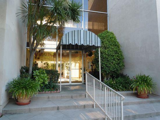 5411 Tyrone Ave APT 302, Sherman Oaks, CA 91401