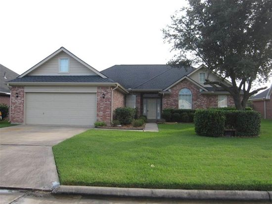 4060 Inverness Dr, Beaumont, TX 77707