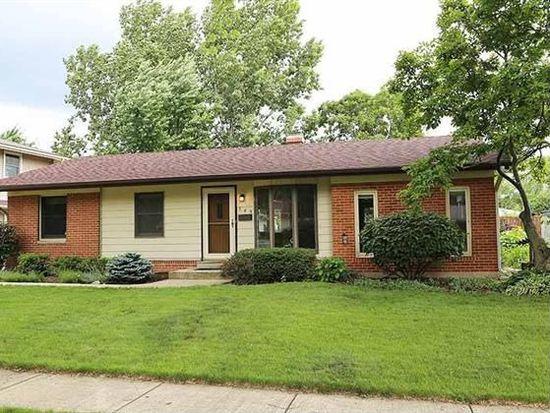 549 Charing Cross Rd, Elk Grove Village, IL 60007