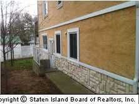 21 Midland Rd, Staten Island, NY 10308