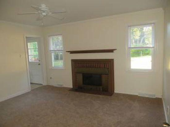 8404 Gwinnett Rd, Richmond, VA 23229